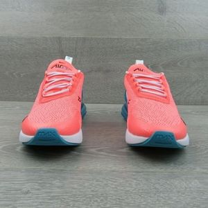 Nike Womens Air Max 270 size 8
